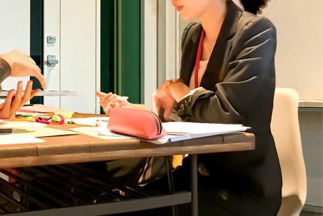 転職活動中 サイン